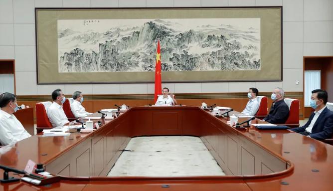 李克强:持续扩大对外开放努力稳住外贸外资基本盘